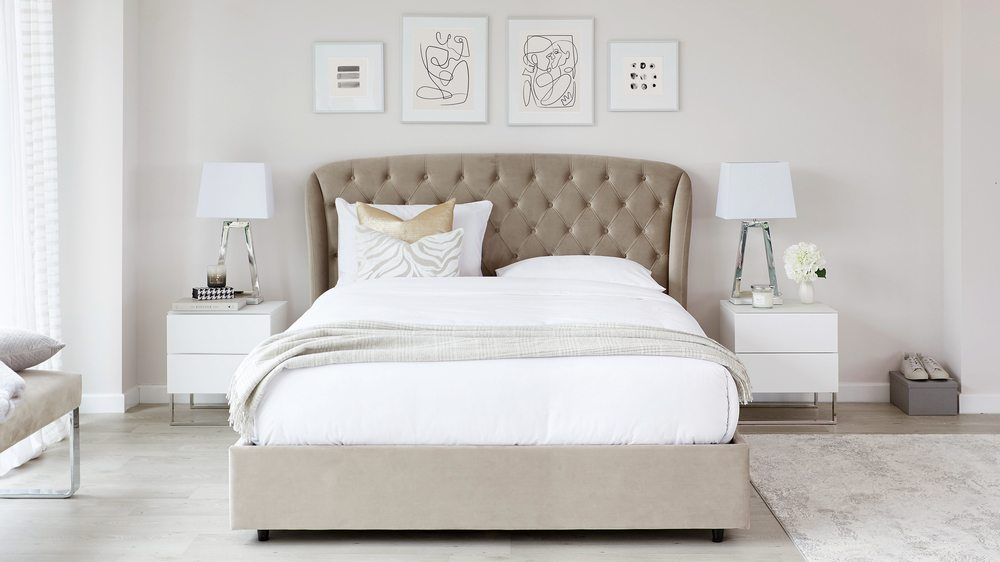 Manolo ottoman bed
