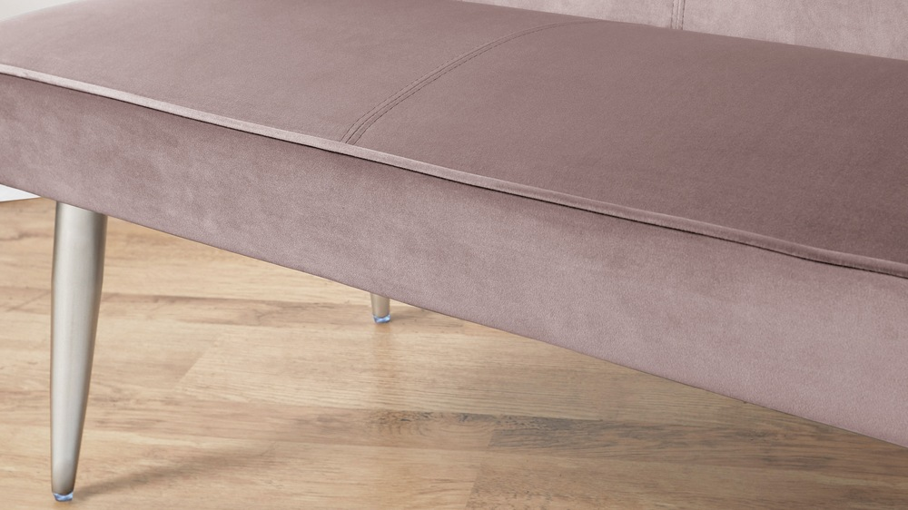 Dusty pink velvet benches