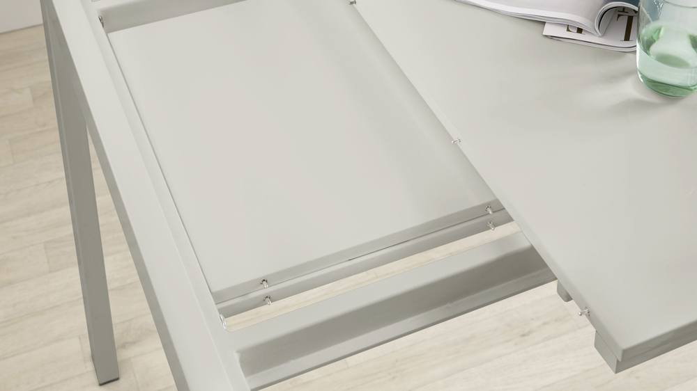 Reflective Gloss Dining Table