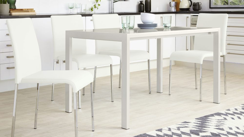 4 Seater Extending Dining Table
