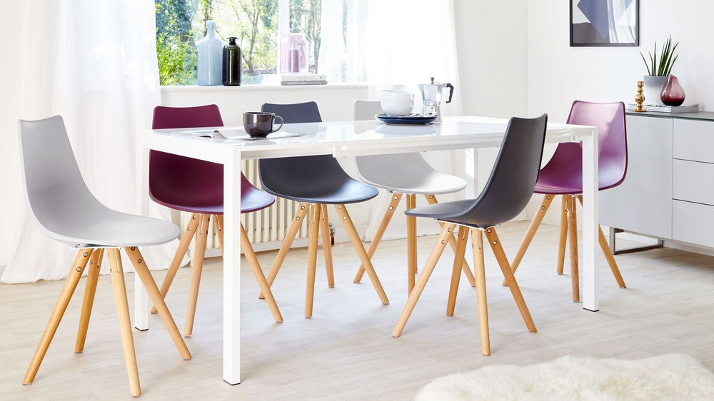 High shine extending dining table