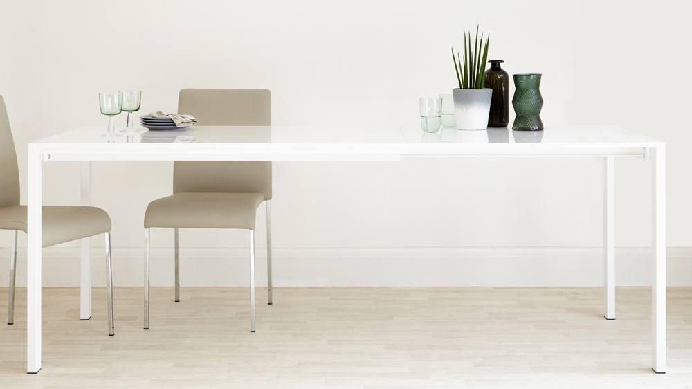 Fully Extended White Gloss Dining Table