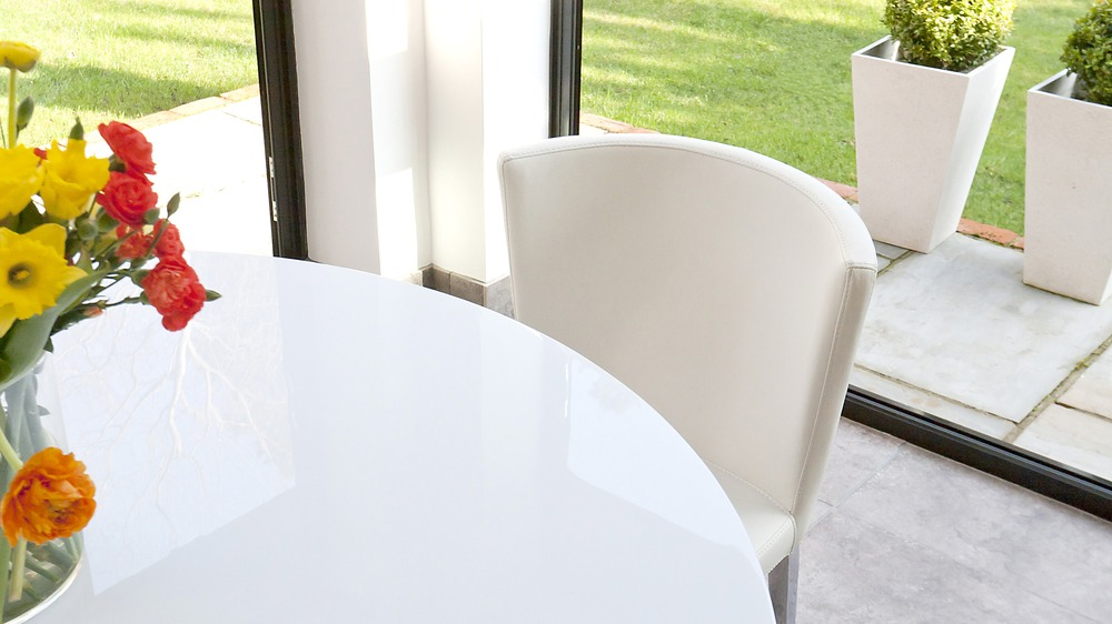 white gloss and chrome modern pedestal dining table
