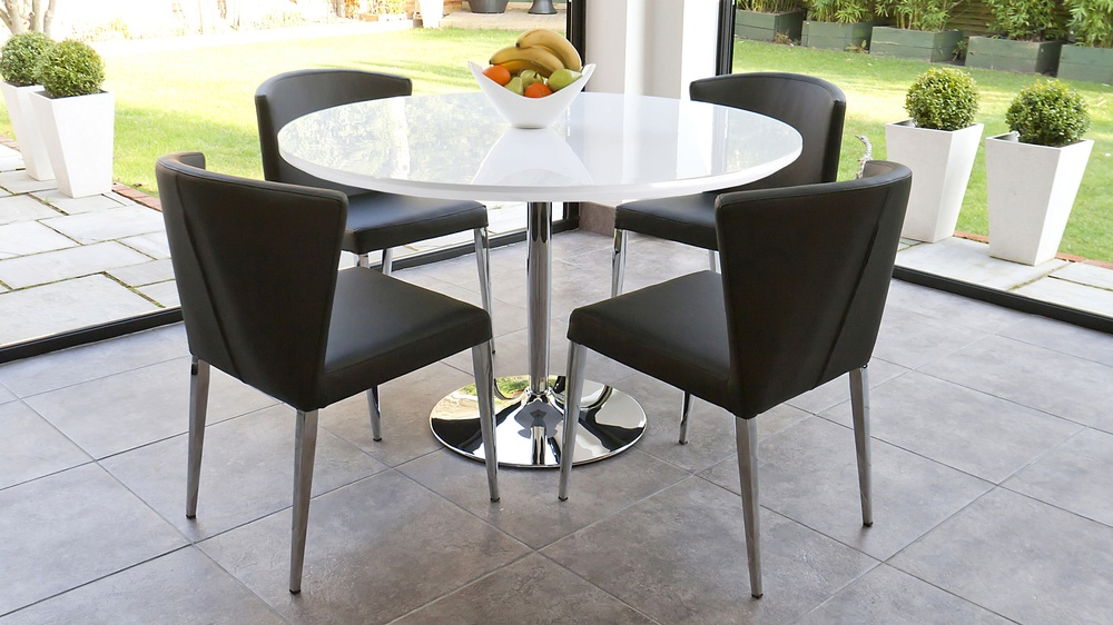 four seater round white gloss dining table with chrome base