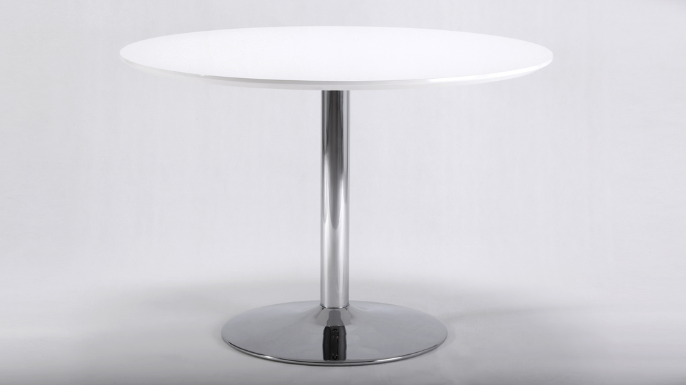 White Glossy Round Table And 4 Modern Curved Back Chairs