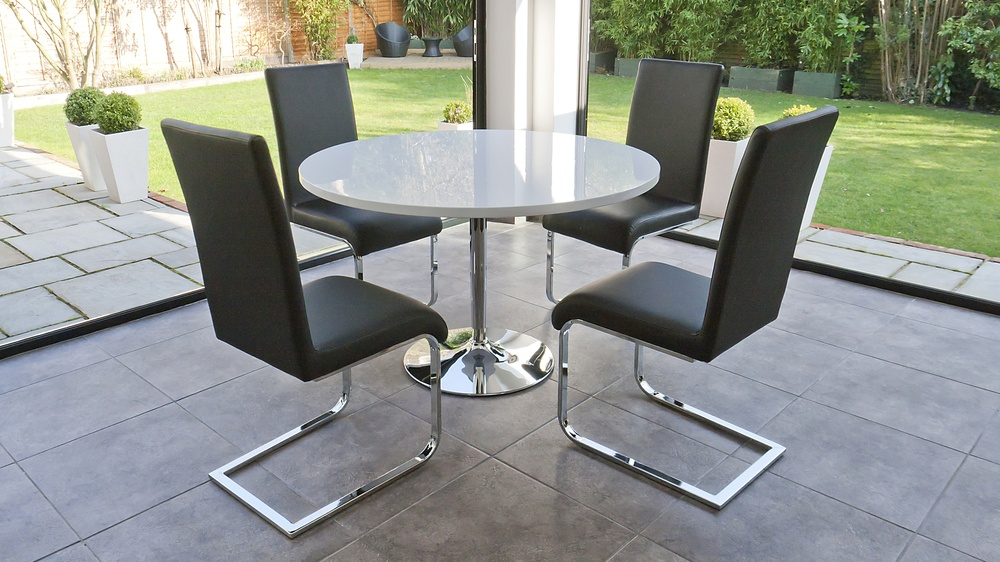 White and Black 4 Seater Dining Set