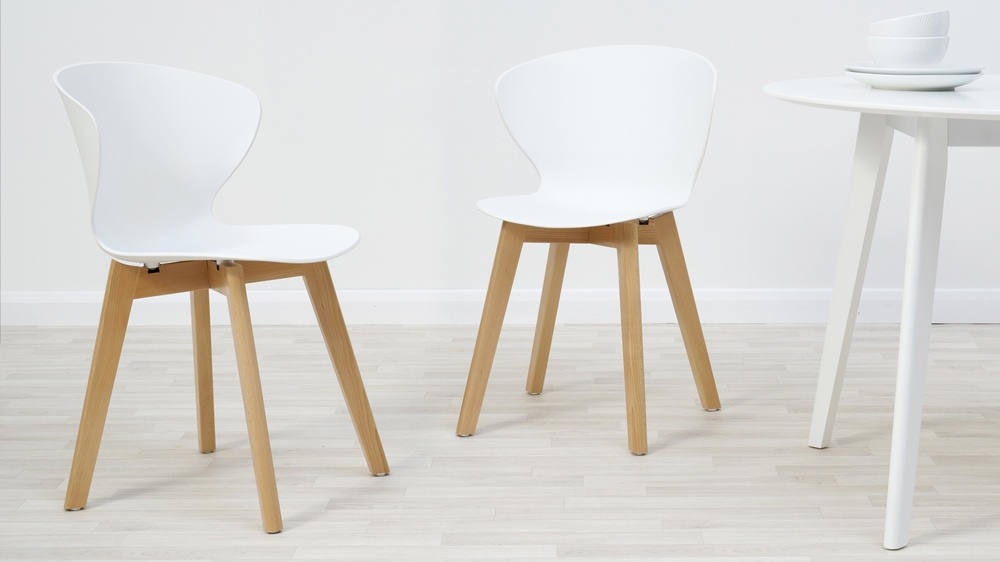 White ora and wooden dining chair