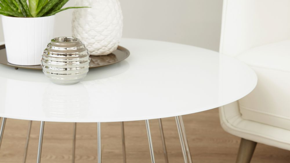 small round coffee table in white