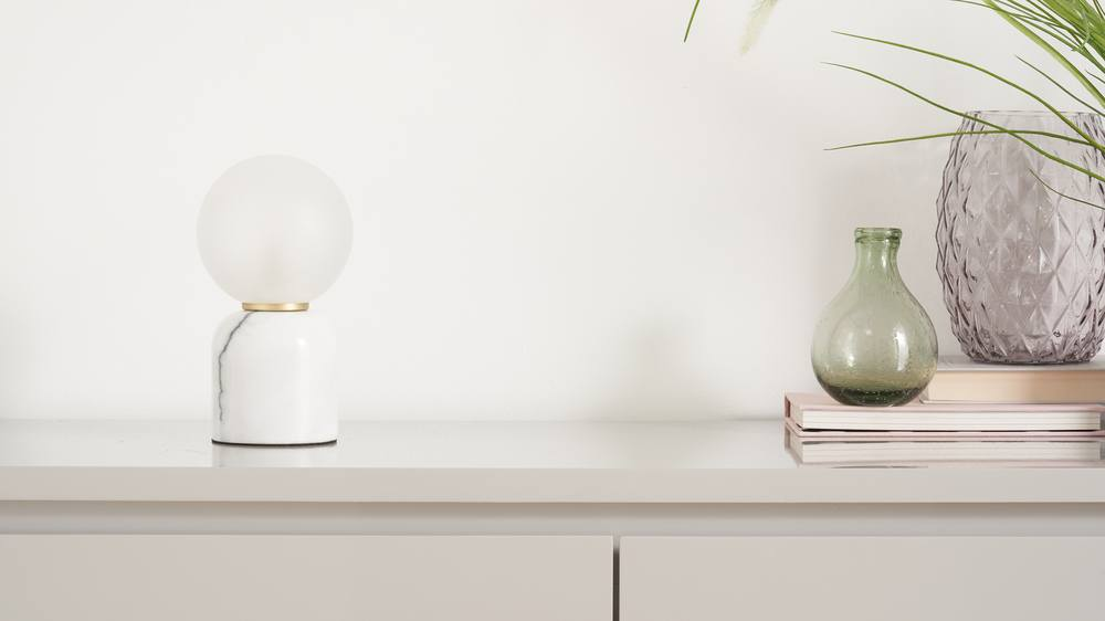 White marble contemporary lamp