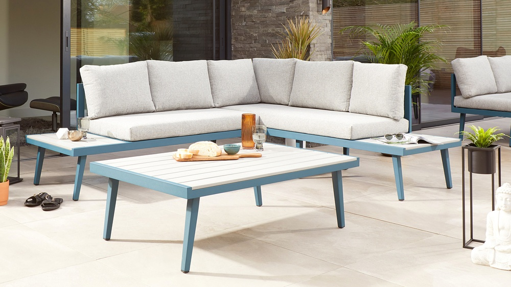 Buy garden furniture