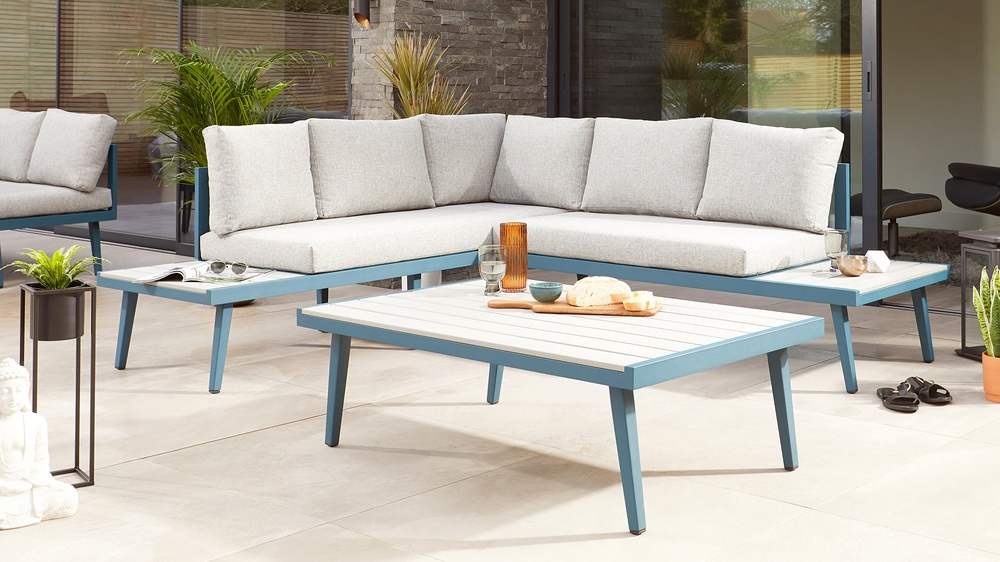 Outdoor corner bench and coffee table