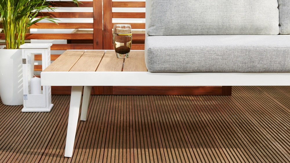 Corner bench and coffee table