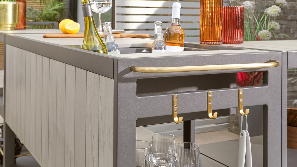 kitchen bar for garden