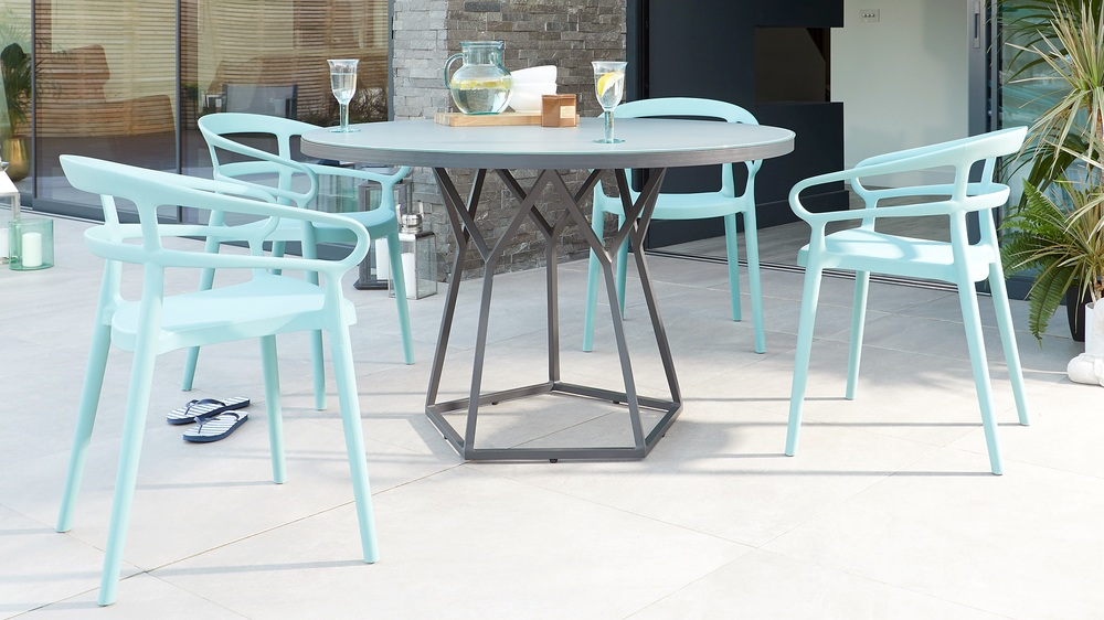 best website 225c3 59cab Porto Grey Round 4 to 6 Seater Garden Dining Table