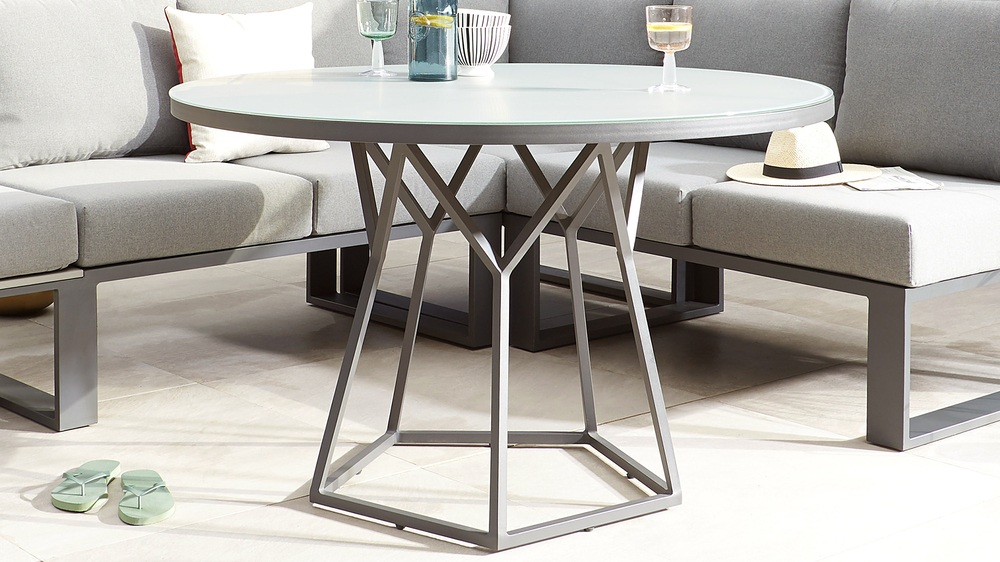 Round garden table dining sets