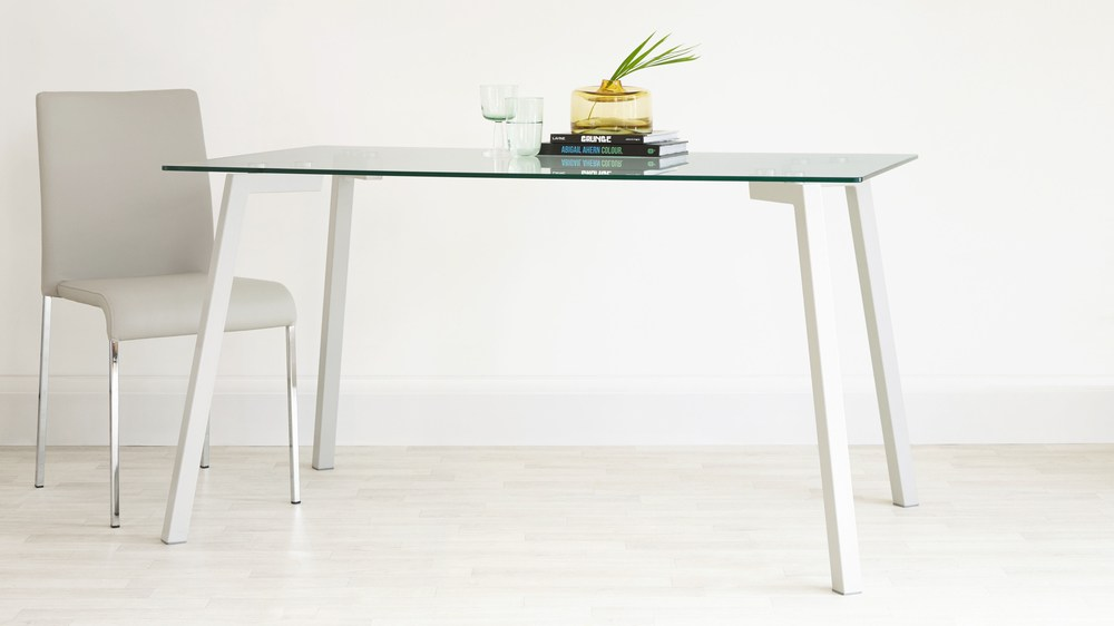 Glass and Gloss Dining Set