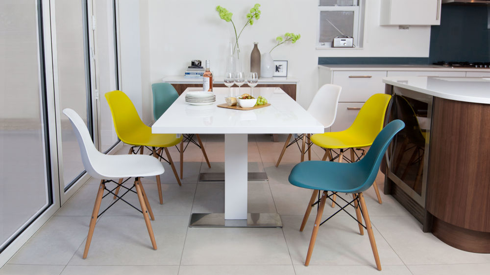 Eames And White Gloss Extending Dining Set