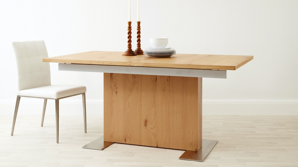 Modern Oak Extending Dining Table Six Seater