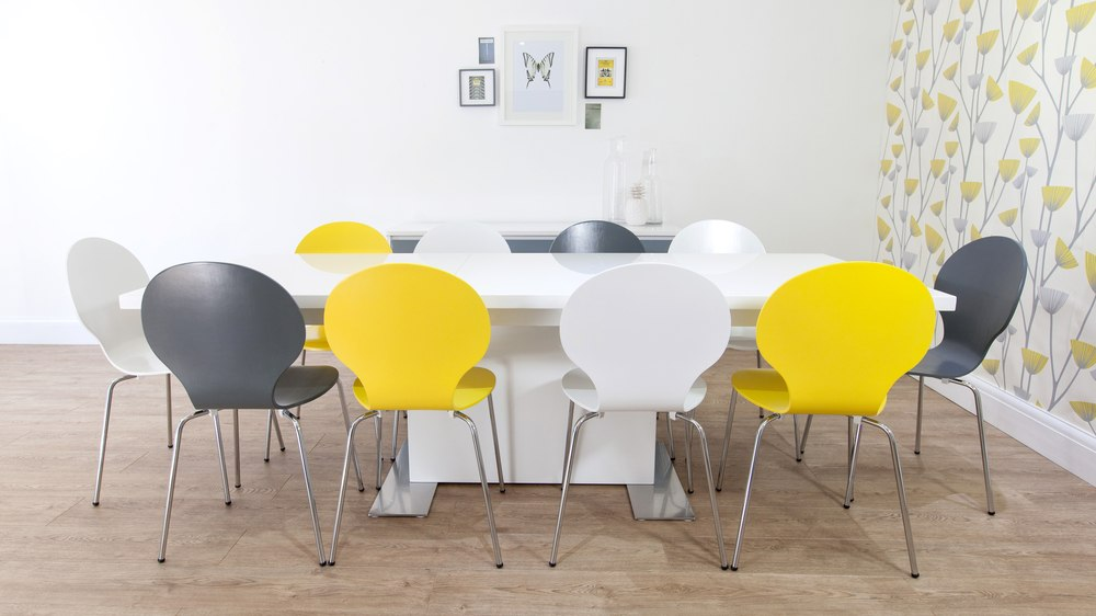 Large White Gloss Dining Table And Mid Centruy Modern Chairs