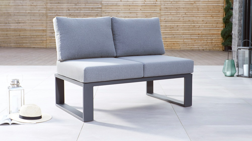 2 seater day bed