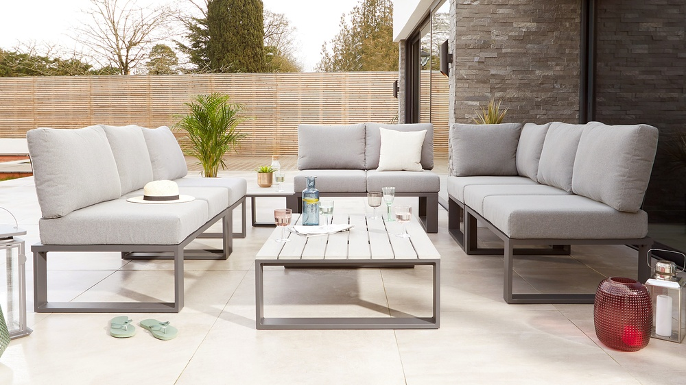 Contemporary garden modular sofa
