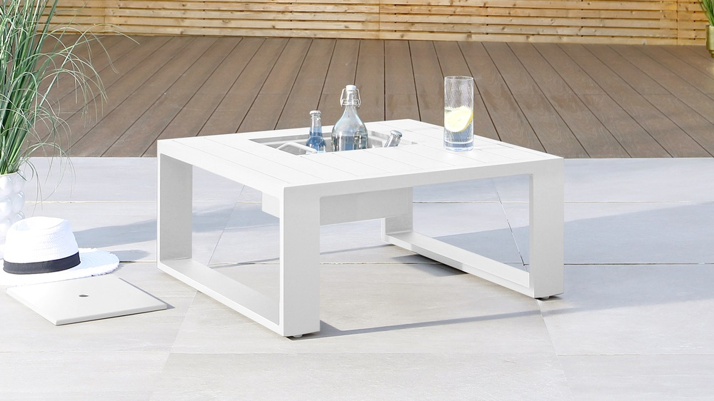 Savannah White Garden Coffee Table with Ice Bucket and Cushion