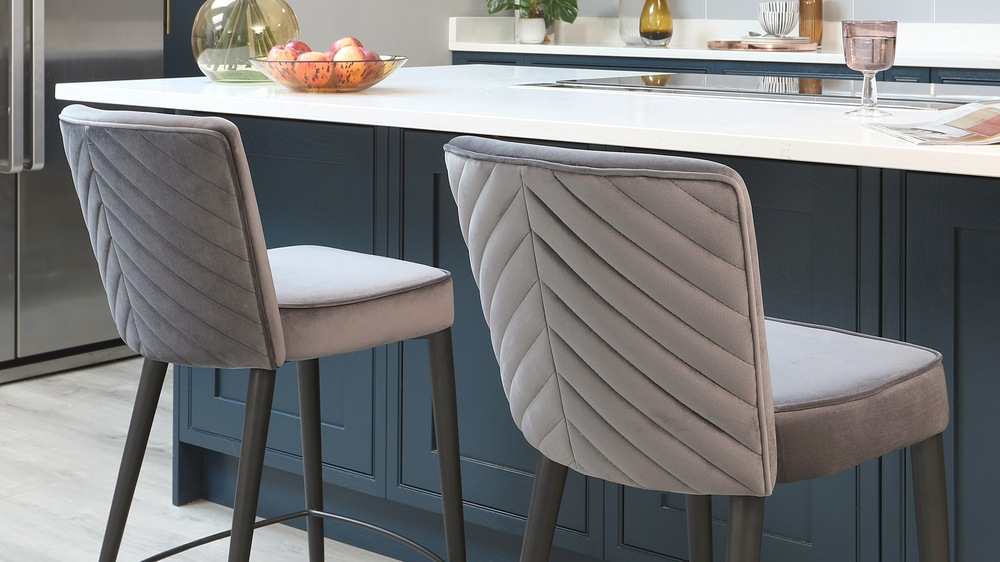 next day delivery bar stools