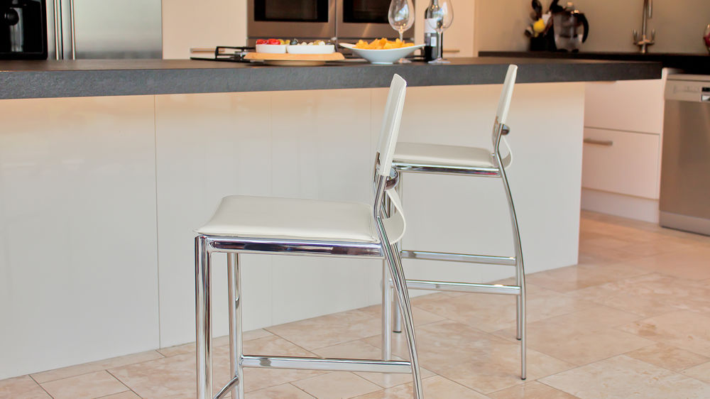 UK Delivery of White Fixed Height Bar Stool