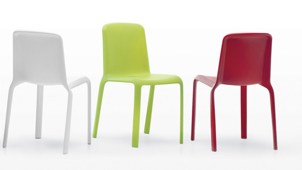 Modern Coloured Plastic Dining Chair Indoor Or Outdoor