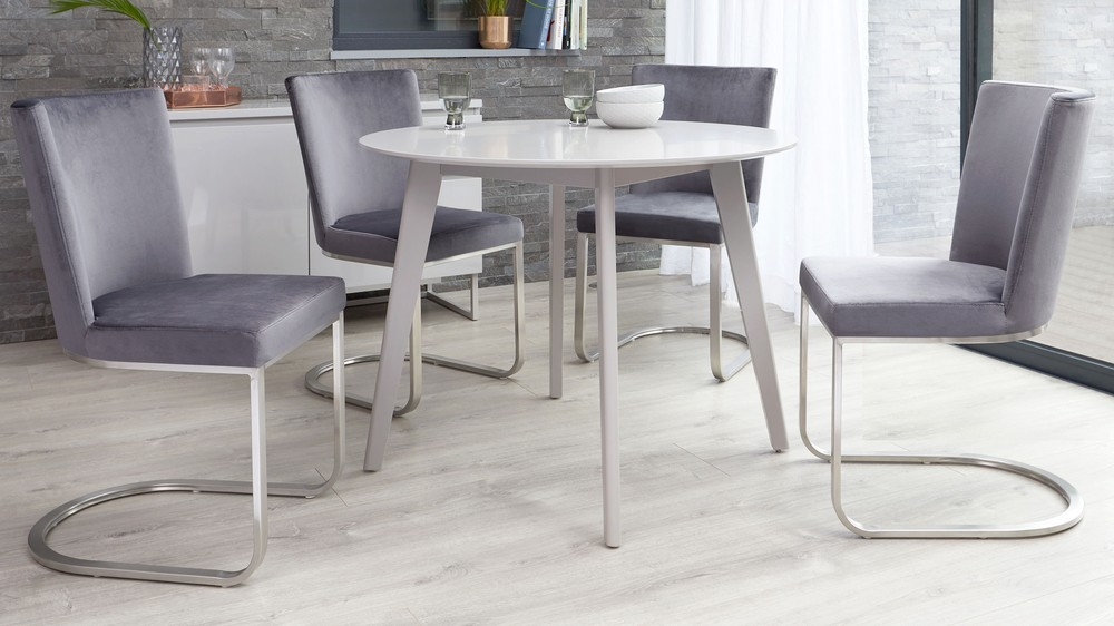 Form grey velvet and matt grey terni table set