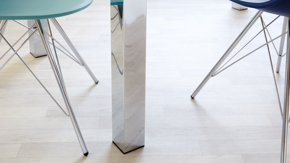 Mirrored Leg Dining Table