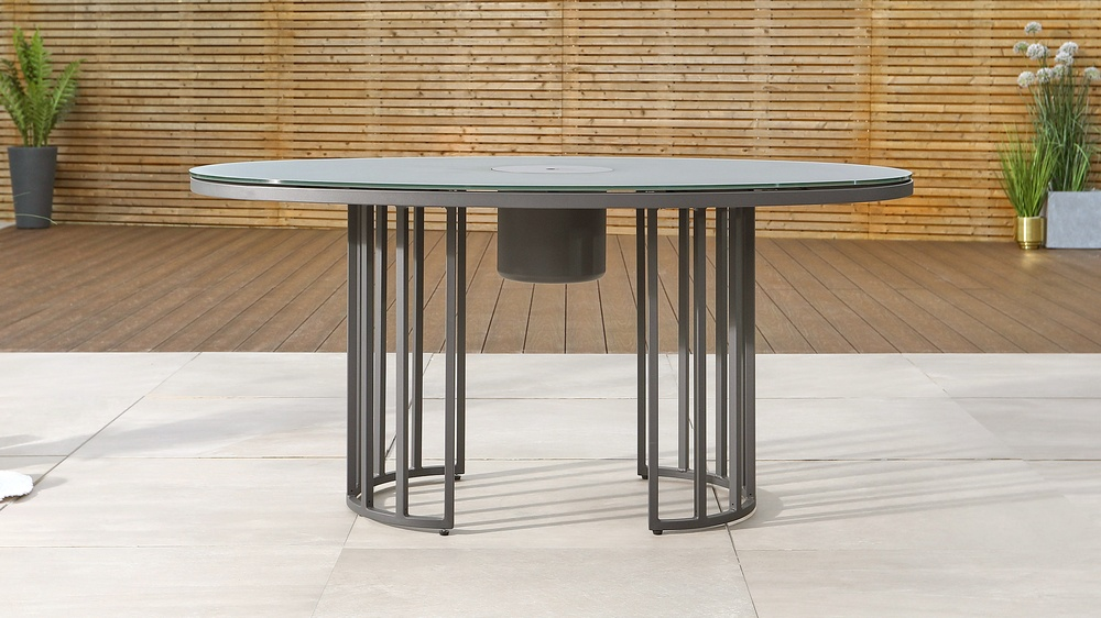 contemporary garden table with ice bucket