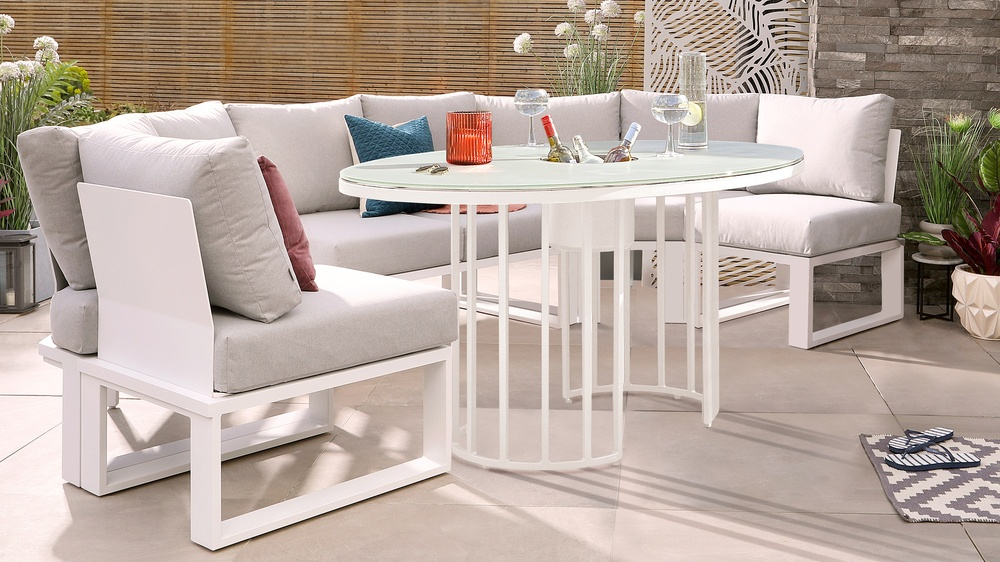 Totem Glass Table with Savannah White Garden Bench Dining Set
