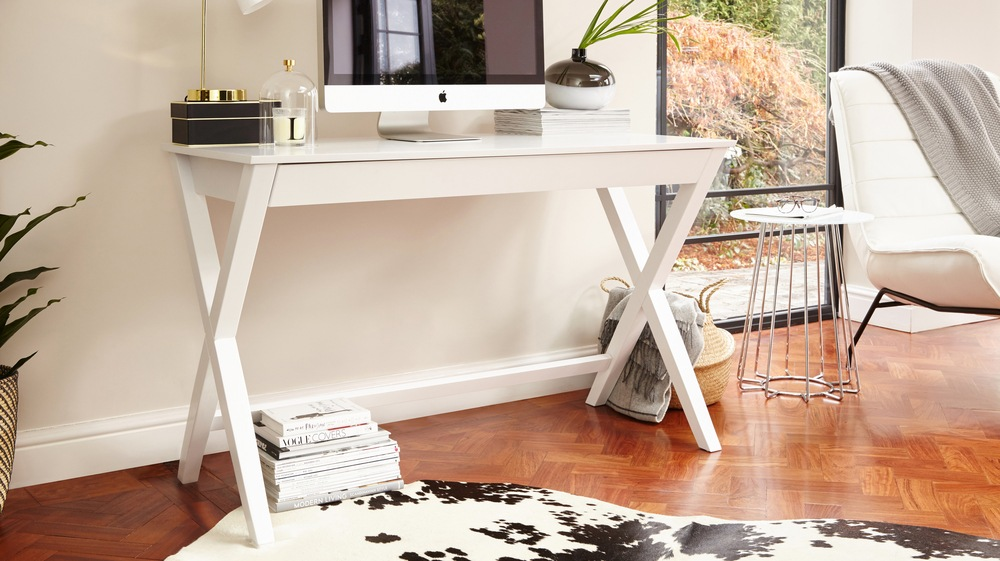 White Stylish Home Desk