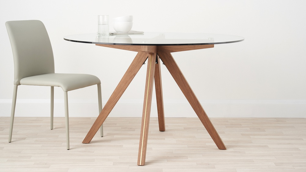 Valencia Clear Gl And Walnut Round 4 Seater Dining Table