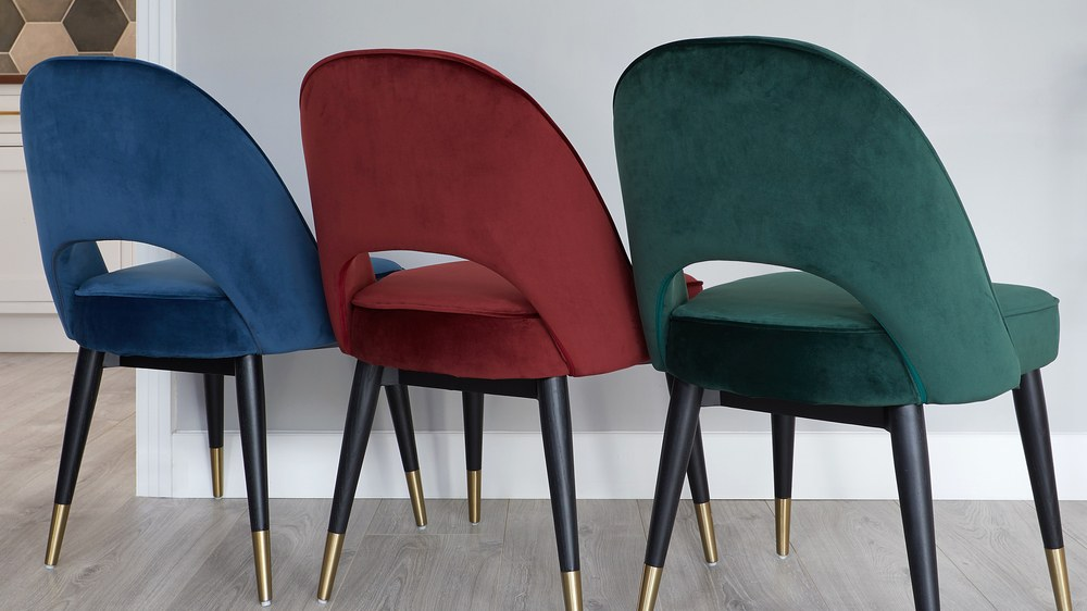 Modern velvet dining chairs with wooden leg