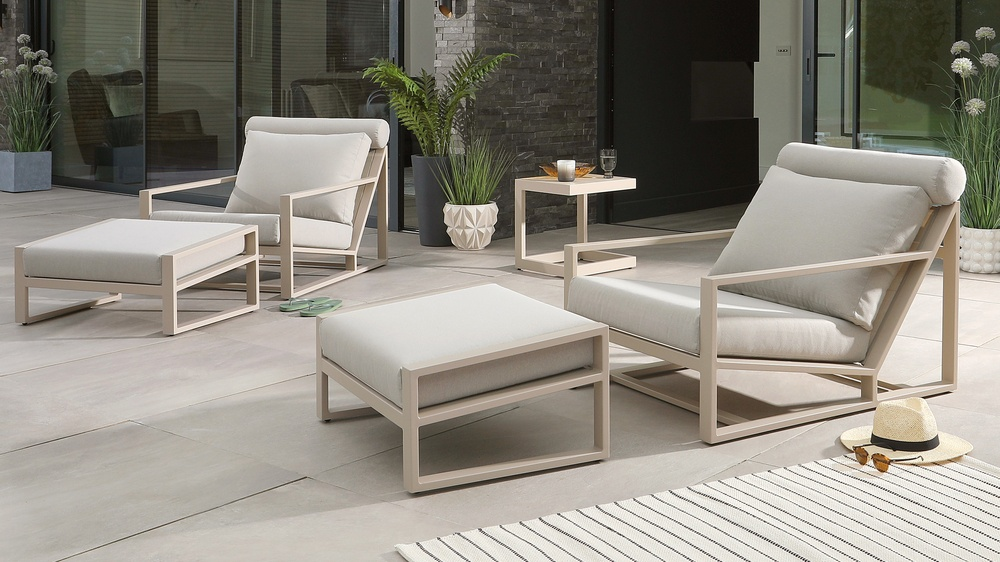 Verano Natural Lounger Twin Set with Lago Side Table