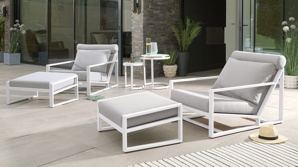 Verano White Lounger Twin Set with Cala Nesting Side Tables