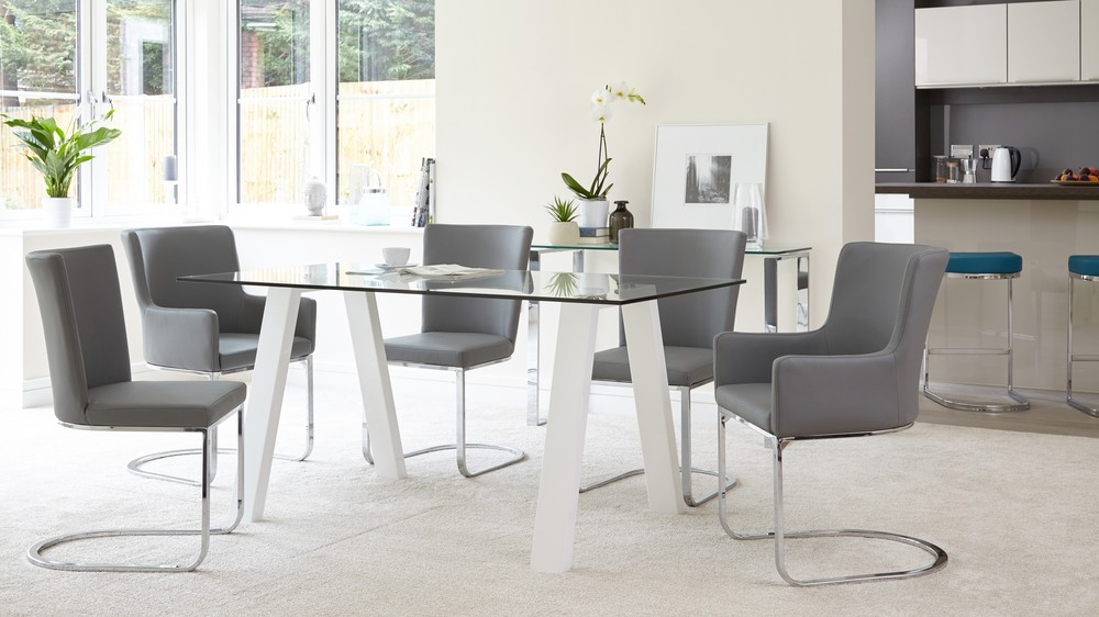 Modern 6 Seater Glass Dining Table