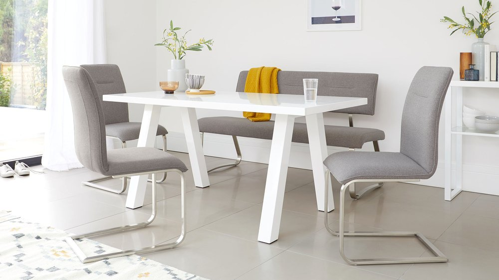 white gloss trestle table