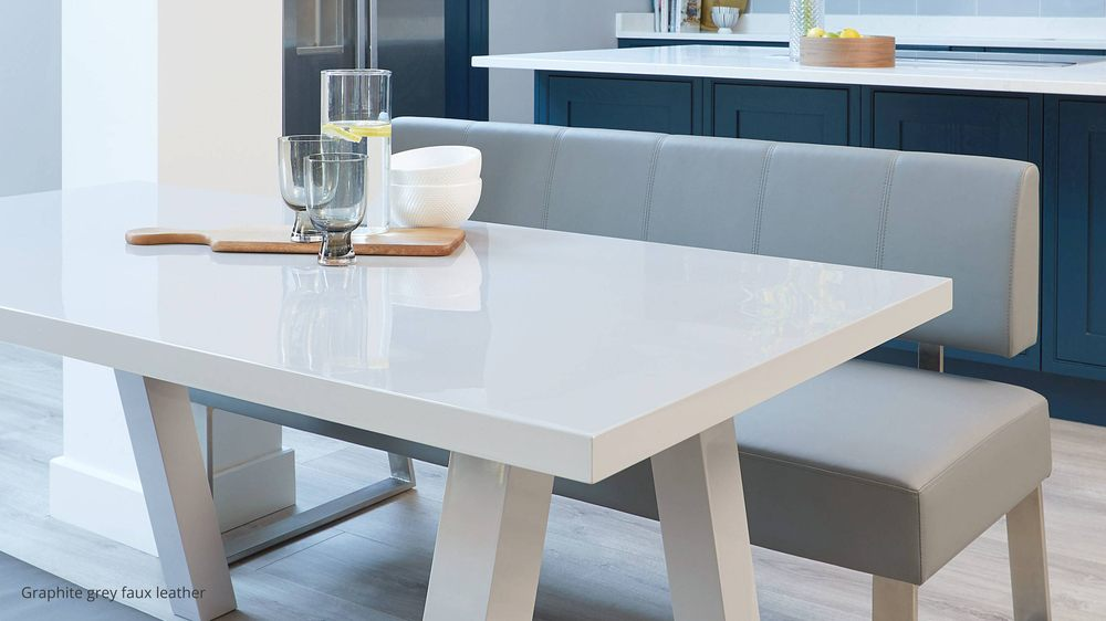 Modern gloss 6 seater table set