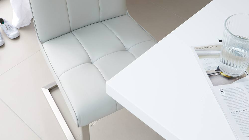 white gloss table bench sets