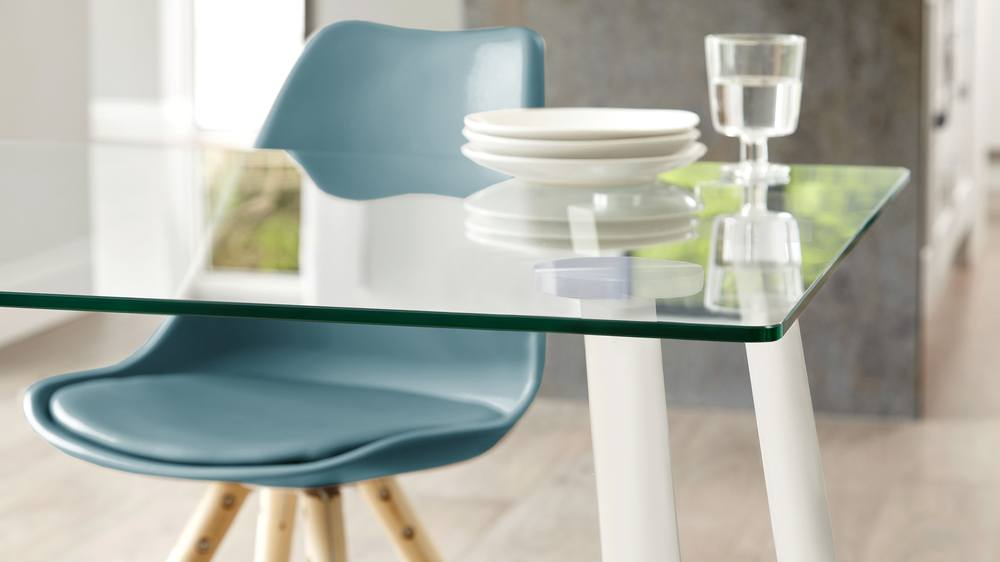 Zilo white dining table